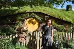 large size hobbit hole