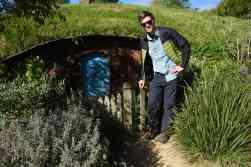 smol size hobbit hole